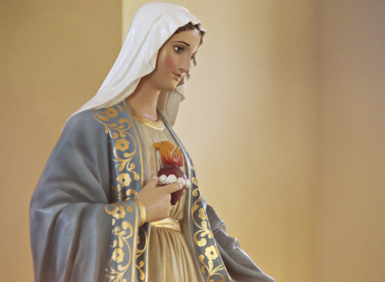 10,000 Ave Marías